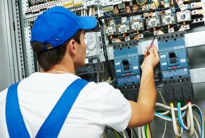 Instalação Elétrica Comercial Água Funda - Empresas de Instalações Elétricas Prediais